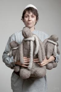 Женщина с зайцами Фактура тепла